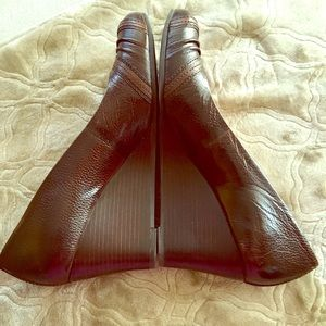 Nurture Shoes - EUC - Nurture leather wedges